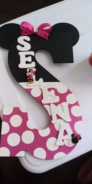 Hand painted letters for Sale in Ontario, CA