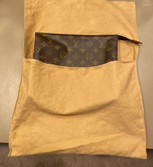 Louis Vuitton toiletry bag for Sale in Houston, TX