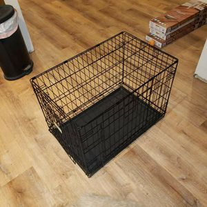 Medium Dog Kennel with Pad for Sale in Indian Creek, IL