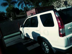Honda crv 2006 Rung good Great cleen title milas 135k????$5100 for Sale in Pomona, CA