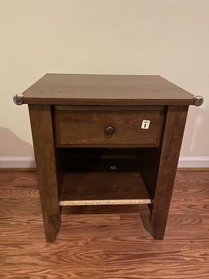 Nightstand (Wood Good Quality) for Sale in Lexington, KY