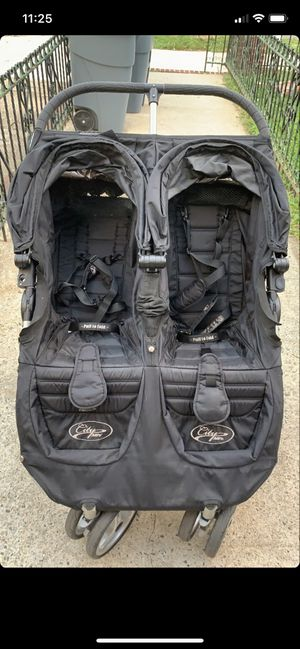 Excellent and Practical Black Double City Mini Stroller for Sale in Brooklyn, NY