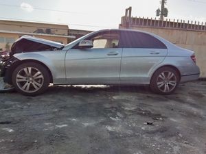 2008 Mercedes C300 parts only for Sale in Miami Gardens, FL