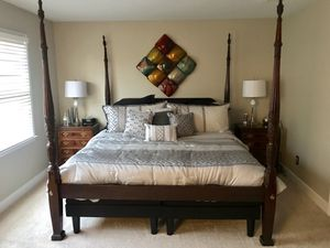 Ethan Allen Master KING BEDROOM COLLECTION (poster bed, 2 night stands, dresser and mirror, tall chest) for Sale in Atlanta, GA