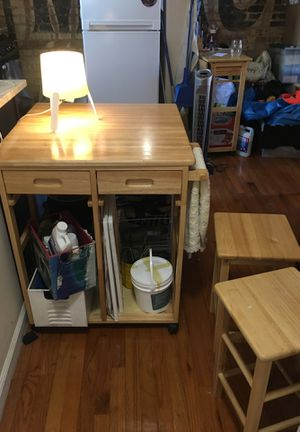 Versatile Kitchen Table (foldable) w/2 stools for Sale in New York, NY