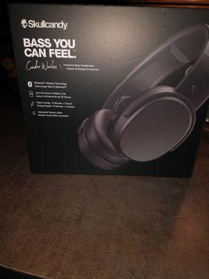 Skullcandy immersive bass headphones for Sale in Salt Lake City, UT