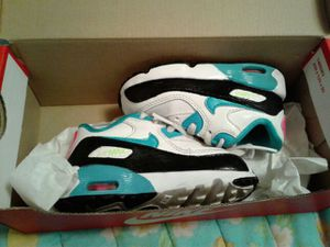 Toddler nikes 6c for Sale in Bronx, NY