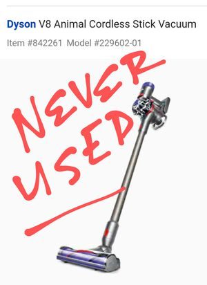 Brand New in Box!!! Dyson v8 cordless vacuum for Sale in Bountiful, UT