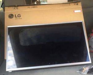 LG Smart Tv 32 inches (needs repair or for parts) BLANK BLUE SCREEN for Sale in Baltimore, MD