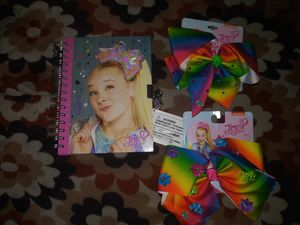 JoJo siwa bows and journal with lock and keys for Sale in Hawthorne, CA