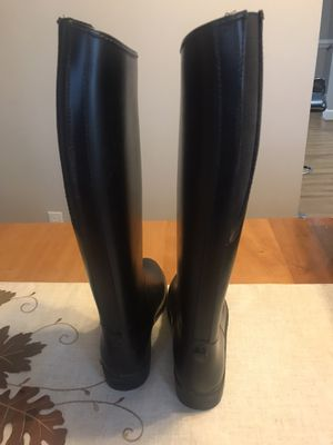EquiStar Tall Boots (Child size 4) for Sale in Virginia Beach, VA