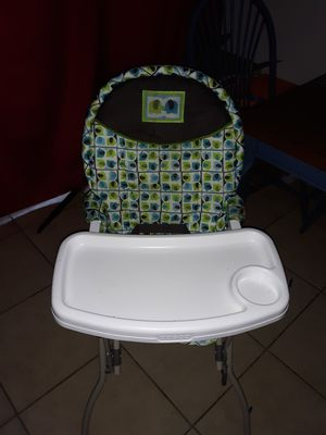 High chair and baby car seat stroller for Sale in Winston-Salem, NC
