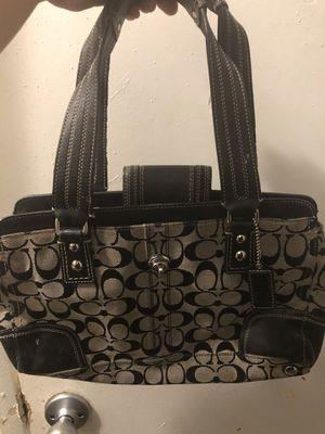 Small coach purse for Sale in Los Angeles, CA