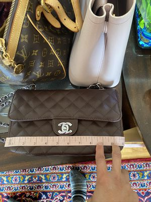 Excellent used conditions Chanel brown bag for Sale in Seaside, CA