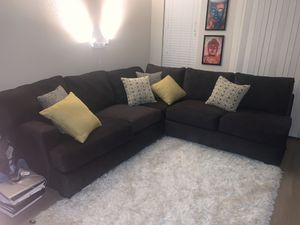 9 month old sectional couch for Sale in Denver, CO