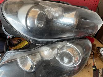 2010 Vw Golf Headlights for Sale in Bensenville,  IL