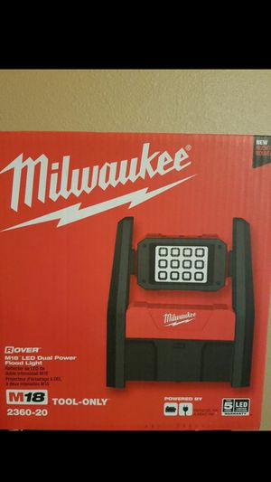 Milwaukee m18 light for Sale in San Jose, CA
