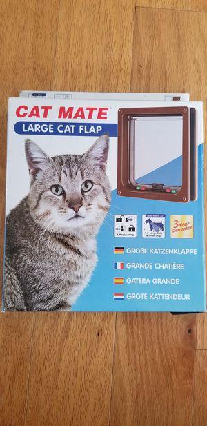 New Cat Mate Large Cat Flap Door for Sale in Renton, WA