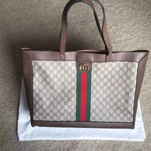 Gucci tote bag for Sale in San Francisco, CA