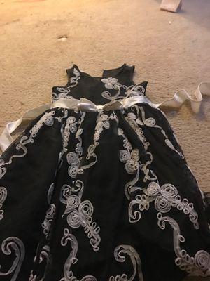 Black a whit flower dress white bow for Sale in Herndon, VA