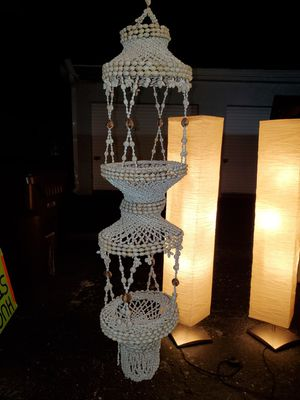 SUPER PRETTY HAND MADE 3 TIER VINTAGE SEA SHELL DECORATIVE WIND CHIME! for Sale in Fort Myers, FL