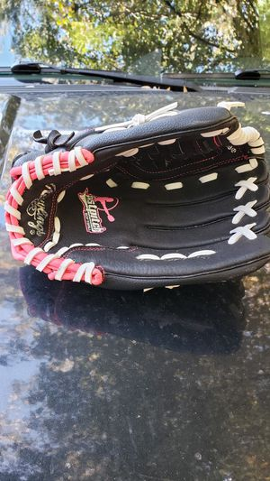 Rawlings Softball Glove for Sale in Manassas, VA