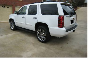 Super car / Super offer Chevrolet Tahoe 4WDWheels -afsgfdhsdfz for Sale in Peoria,  IL