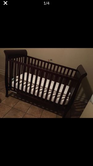 3 N 1 Baby crib Convertible for Sale in The Bronx, NY