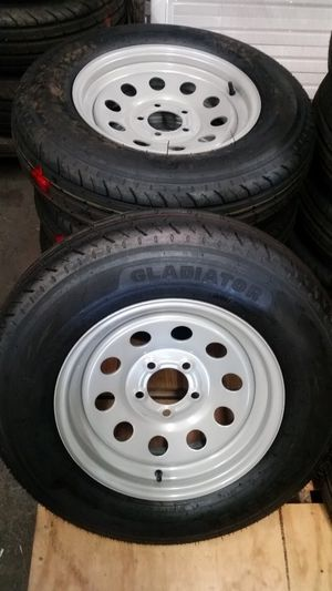 ST 225 / 75 D 15 Trailer tires on silver mod wheels for Sale in Dallas, TX