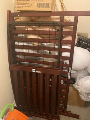 Selling Baby crib brand new for Sale in Phoenix, AZ