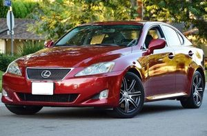 2006 Lexus IS350 RWD 3.5L V6 Automatic Clean title for Sale in Des Moines, IA