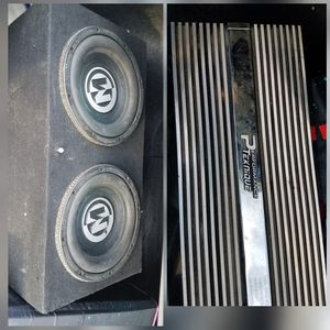 2 12 inch Memphis sub woofers/ Amplifier for Sale in Riverside, CA