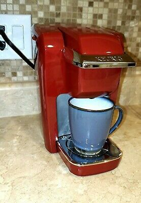 Red Keurig for Sale in Fresno, CA