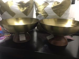 Gold decorative bowl for Sale in University City, MO