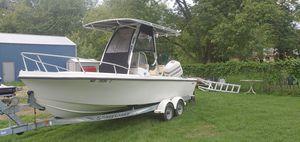 20 ft mako 200 ocean pro motor f/t f/s for Sale in Nottingham, MD