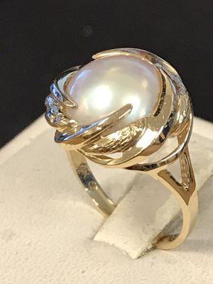 Mother pearl gold ring for Sale in Riverview, MI