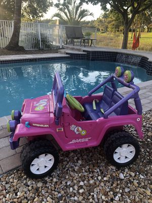 BARBIE WRANGLER JEEP EXCELLENT CONDITION ELECTRIC for Sale in Miramar, FL
