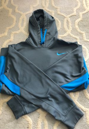 Nike therma fit - size large for Sale in Frederick, MD