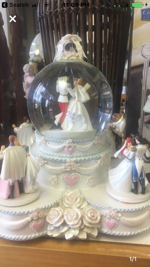 Disney Princess Musical Snow Globe for Sale in St. Peters, MO