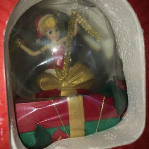 "Disney Store Our Family Tree "" Tinker Bell "" Snow Globe Factory Sealed Box. Condition is New for Sale in Surprise, AZ"