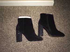 Women's Size 7 Black Velvet Heels for Sale in Nashville, TN