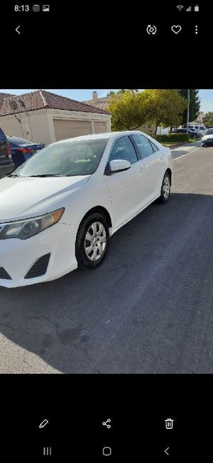 2013 Toyota Camry Hybrid * Fully loaded * 131k for Sale in North Las Vegas, NV
