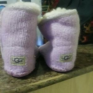 Soft bottom ugg boots size 4/5 for Sale in Chicago, IL