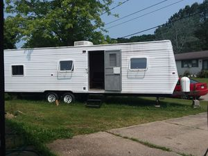 Gulfstream 33 ft Travel Trailer for Sale in Parkersburg, WV