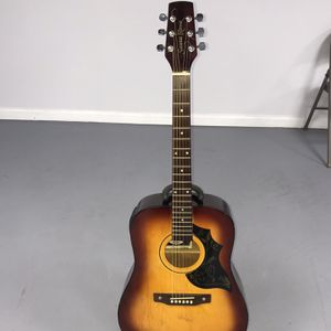 SANTA ROSA FOLK ACOUSTIC ELECTRIC GUITAR USED GOOD CONDITION for Sale in Sterling Heights, MI