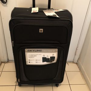 Skyline Luggage Brand New One Piece for Sale in Hollywood, FL