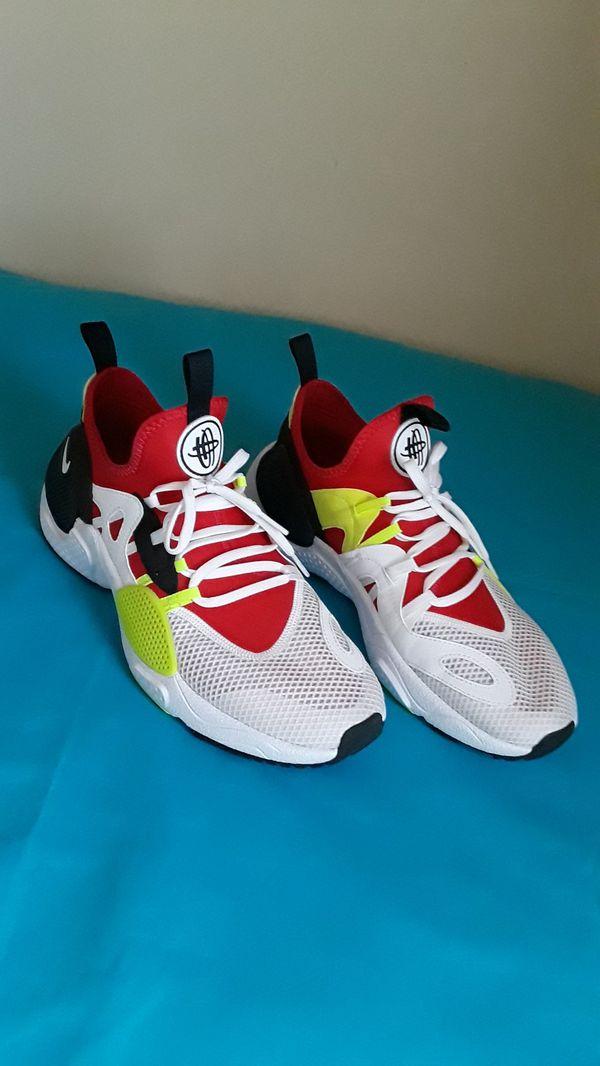 2019 Nike Huarache Volt Red Black SIZE 9 MEN and 10.5 Women