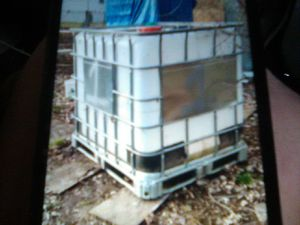 250 gallon container for Sale in Kansas City, MO