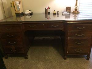 Antique desk for Sale in Marietta, GA