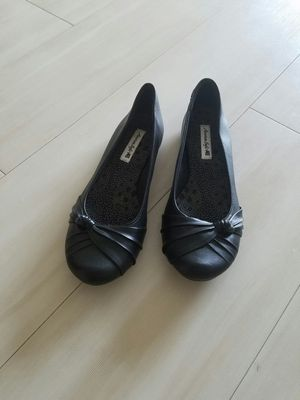 American Eagle flats black leather 7.5 for Sale in Seattle, WA